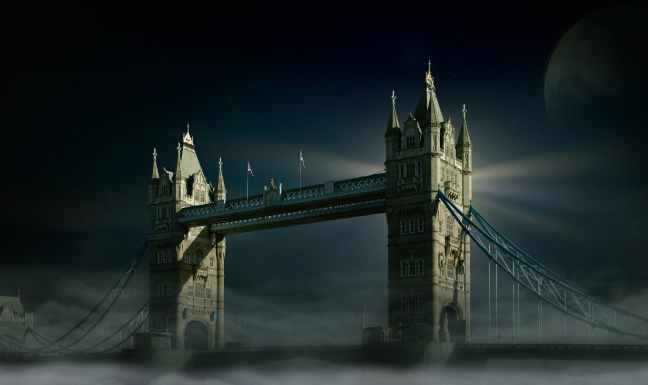 tower-bridge-london-moon-fog-428616.jpeg